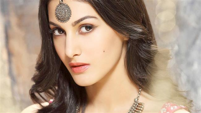 Amyra Dastur: Social media important but so is privacy