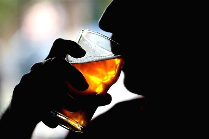 Finally! Conditional Liquor sale allowed across India