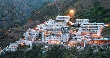 400 stranded Mata Vaishno Devi pilgrims sheltered in Jammu city